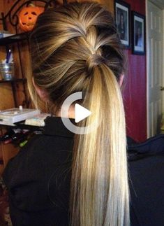 Simple Beautiful Ponytail With 24 Inch Hair Extensions. Cute Simple Hairstyles, Easy Hairstyles For Long Hair, Black Women Hairstyles, Pretty Hairstyles, Dark Spots On Face, Human Hair Extensions, Ponytail, Short Hair Styles, Beauty