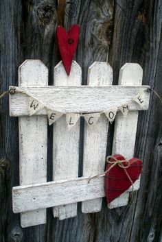 Valentines Day Heart Welcome Rustic Picket this would work well with all my left over pallets!:
