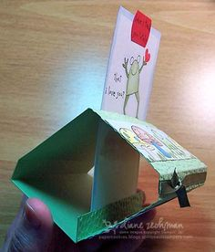 sliding pop up card by dianne Fancy Fold Cards, Folded Cards, Card Making Templates, Origami Templates, Box Templates, Book Libros, Tarjetas Pop Up, Exploding Box Card, Paper Pop