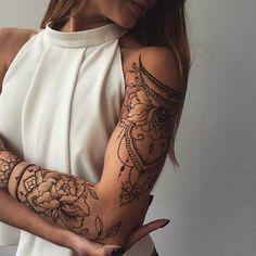 Se ti piace Tatuaggi sulla spalla, potrebbero piacerti anche queste idee