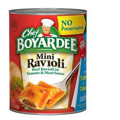 About this item Feed your family a tasty and easy-to-prepare meal with Chef Boyardee Beef Ravioli in Tomato & Meat Sauce. This ravioli can be eaten alone or served with a salad or vegetables. This bee