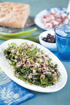Νόστιμη και θρεπτική σαλάτα με χόρτα και όσπρια, ιδανική και για την περίοδο της νηστείας. Risotto, Grains, Rice, Ethnic Recipes, Food, Author, Essen, Writers, Meals