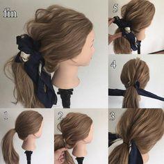 """溝口 和也 ヘアアレンジ hairarrange di Instagram """"スカーフポニー! オーサーズ 溝口で検索して下さい 詳細と他にも沢山やり方載せています! 1.ゴムで結ぶ 2.ゆるくほぐす、たゆみを持たせるように 3.スカーフを髪に差し込む 4.下でクロスさせる 5.もう一度上で結ぶ 簡単可愛いスカーフポニー!❤️😆✨…"""""""