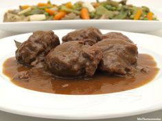 Carrillada al tomillo con menestra de verduras - MisThermorecetas