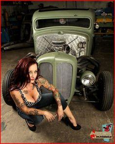 hot rod pin up girl Rat Rod Girls, Car Girls, Pin Up Girls, Pin Up Auto, Pin Up Car, Rat Rod Trucks, Diesel Trucks, Rockabilly Mode, Rockabilly Fashion