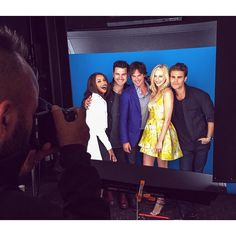 Could the #TVD cast be any cuter?! #VampireDiaries #love #SDCC #ComicCon #EWComicCon