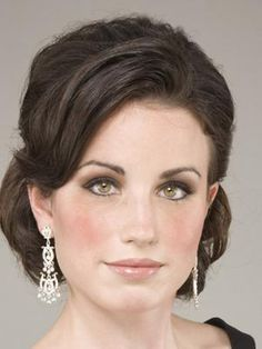 Mother of the Bride Updos | Wedding hairstyles for medium hair mother of the bride
