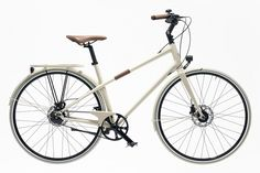 Hermès Launches Bicycle. Who Cares? on http://velojoy.com/2013/10/23/hermes-carbon-bicycle/