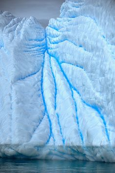 Veins of ice, there are many amazing shapes of #icebergs, this one I particularly liked. It does look like icy veins, doesn't it?