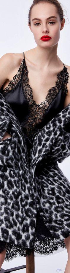 Black Buffet, Ermanno Scervino, Animal Fashion, Black White Red, Shades Of Black, Fashion Show, Fashion Brands, Women Wear, Feminine