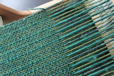 Recently on the loom | perpetual amateur- color blended scarf