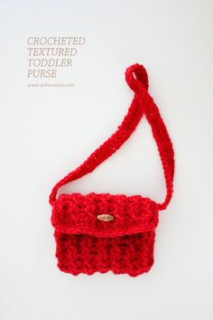 Cute crocheted toddler purse - free pattern! (Delia Creates)