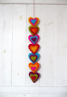 Colorful felt hearts garland (7 hearts)