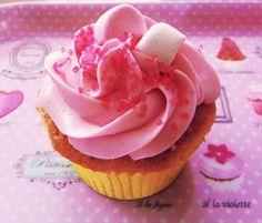 Come far felice una principessa  ?…….. Con delle Cupcakes pinkissime!!!  Una piccola festicciola di compleanno per salutare gli amichetti prima della partenza per gli States …
