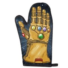 An Infinity Gauntlet oven mitt. | Community Post: 25 Geeky Gifts Every Marvel Fan Needs