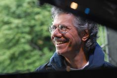 Chick Corea Goes It Alone | Music | Houstonia Chick Corea Goes It Alone Having played with the likes of Stan Getz, Dizzie Gillespie, and his own ensembles, the legendary jazz pianist will now perform solo at the Wortham Center.