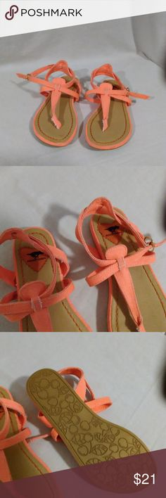 Fluorescent Peach Cute Sandals Size 6.5 Rocket Dog sandals have a few smudges from being out of the box but have never been worn. NWOB Rocket Dog Shoes Sandals