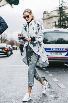 Olivia Palermo Fashion Weeks, Olivia Palermo Style, Olivia Palermo  Lookbook, Paris Fashion Week de1a53c5db02
