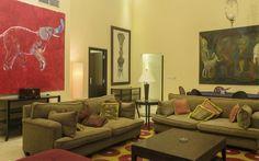 El Hotel Saratoga forjo su leyenda en los años 30, por sus aires de modernidad, bondades gastronómicas y actuaciones en vivo en las que se dieron a conocer las mas populares orquestas cubanas del momento. Con la reapertura del Saratoga en el 2005, la ciudad de La Habana gana un verdadero Hotel de lujo, con unos estandares preparados para satisfacer a los visitantes mas exigentes.