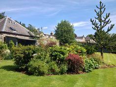 Hot afternoon in the Craigatin garden!
