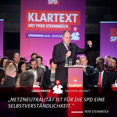 Peer Steinbrück spricht Klartext in Magdeburg. Mehr Fotos von Peer Steinbrücks Länderreise am 27./28.05.2013 in Sachsen-Anhalt: https://www.facebook.com/media/set/?set=a.441450945951038.1073741826.107652469330889=3