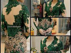 Vera Kebaya, Batik Kebaya, Kebaya Jawa, Pretty Dresses, Beautiful Dresses, Indonesian Kebaya, Kebaya Wedding, Kebaya Brokat, Model Kebaya