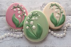 Lily of the Valley Cookies ~ Cloughd 9 Cookies Date Cookies, Fancy Cookies, Cut Out Cookies, Royal Icing Cookies, Cupcake Cookies, Sugar Cookies, Cookie Favors, Heart Cookies, Valentine Cookies