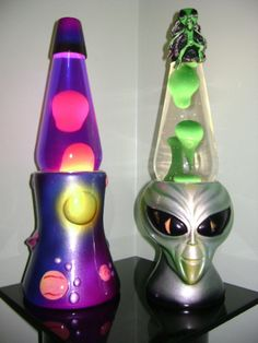 I Had This Exact Alien Lava Lamp. It Was My Favorite Of The 5 Lava Lamps  That I Owned At The Time :)