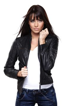 Glamorous young woman in black leather jacket on white background Older Women Fashion, Womens Fashion, Fashion Edgy, Fashion Trends, First Date Outfits, Night Outfits, Rocker Look, Jackets For Women, Clothes For Women