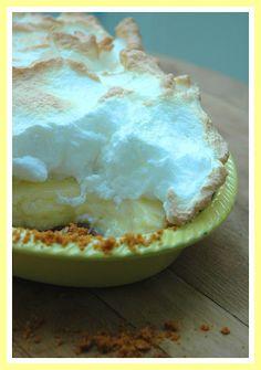 My Easy Lemon Meringue Pie Recipe - My Easy Cooking Braai Recipes, Easy Pie Recipes, Other Recipes, Cake Recipes, Snack Recipes, Cooking On A Budget, Easy Cooking, Lemon Meringue Recipe, Pudding Recipes