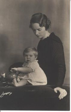 Princess Sibylla of Sweden, wife of Prince Gustav Adolf, with their eldest child, Princess Margaretha.
