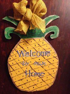 Wooden Pineapple Door Hanger