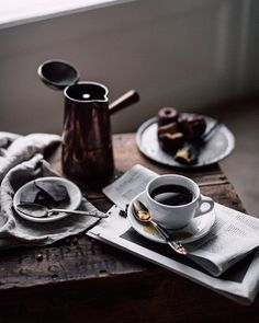 Coffee Time ** Helpful tips for better cold brew coffee. * Very nice of your presence to drop by to view our image. Best Cold Brew Coffee, Great Coffee, Coffee Art, Coffee Shop, Coffee Cups, Coffee Lovers, Tea Cups, Coffee Tasting, Coffee Drinks