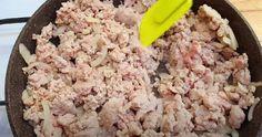 Enkelt recept med köttfärs och potatis – supergott och klart på nolltid Moussaka, Lchf, Fried Rice, Fries, Ethnic Recipes, Food, Basil, Essen, Meals