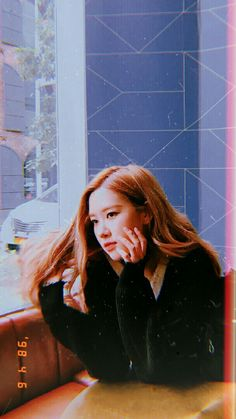 Check out Blackpink @ Iomoio Aesthetic Roses, Kpop Aesthetic, Aesthetic Girl, Aesthetic Iphone Wallpaper, Aesthetic Wallpapers, K Pop, Foto Rose, Fandom Kpop, Picture Icon