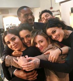 Reposted from We're back! Romantic Movies On Netflix, Netflix Movies, Series Movies, Movies And Tv Shows, Tv Series, Blindspot Tv, Ashley Johnson, Jaimie Alexander, Couples
