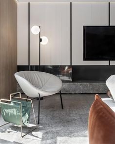 The Luna chair, designed by Charles Wilson for King Living showcased in this luxurious Shanghai apartment by Interior Designer Aaron Yang. Photographed by Song Ye. King Furniture, Luxury Apartments, Indoor Garden, Chair Design, Shanghai, Accent Chairs, Living Room, Interior Design, Live