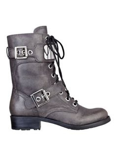 GUESS Ludlow Lace-Up Combat Boots, PEWTER LEATHER (8 1/2) GUESS,http://www.amazon.com/dp/B00BJZA4BU/ref=cm_sw_r_pi_dp_XPFwrb19A09F439B