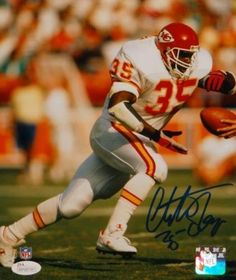 Christian Okoye Signed Photo – 8×10 Handoff P F W Auth – JSA Certified – Autographed NFL Photos