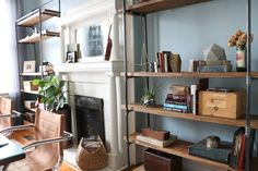 Add character and bonus storage to any space by making this freestanding industrial modern bookcase. This bookcase design requires precut lumber and plumbing pipe fittings, all of which can be found at your hardware store, and can be customized to fit … Shabby Chic Homes, Shabby Chic Decor, Home Office Furniture, Rustic Furniture, Furniture Decor, Cheap Home Decor, Diy Home Decor, Home Furnishing Stores, Modern Bookcase