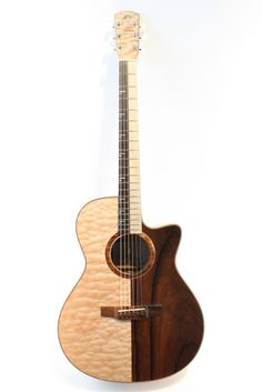 MORRIS S-AMUM 阿吽 (2013) : one-off guitar. Quilted Maple + Madagascal Rosewood top, back and sides. Brazilian Rosewood + Maple fingerboard