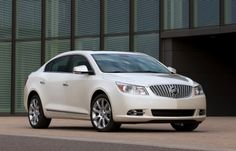2012 Buick Lacrosse eAssist Pearl White, Photo  2012 Buick Lacrosse eAssist Pearl White Close up View.