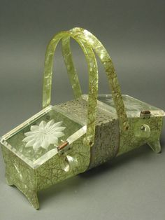 vintage lucite handbag with daisies.