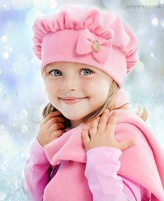 So cute in pink. Precious Children, Beautiful Children, Beautiful Babies, Kittens And Puppies, Baby Kittens, Cute Kids, Cute Babies, Baby Kids, Toddler Fashion
