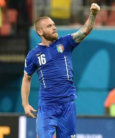 Fifa World Cup 2014 - England vs Italy 1-2 - De Rossi. #azzurri #italia #worldcup #mondiali #vivoazzurro