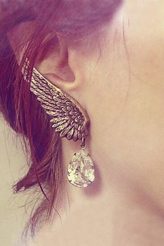 Retro Bronze Wing Shaped Ear Clips