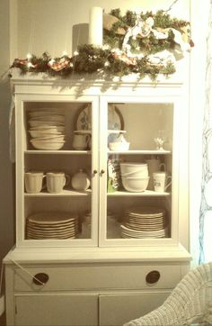 White Shabby Country style buffet cabinet Buffet Cabinet, China Cabinet, Decorating Small Spaces, Country Style, Shabby, Storage, Furniture, Home Decor, Purse Storage