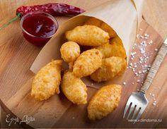 Французская закуска . Ингредиенты: сыр твердый, яичные белки, сухари панировочные   Кулинарный сайт Юлии Высоцкой: рецепты с фото