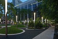Image 5 of 14 from gallery of Perk Park / Thomas Balsley Associates with Jim McKnight. © Scott Pease