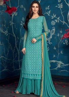 Buy from the latest range of designer collection of salwar kameez. Buy this faux georgette designer palazzo salwar suit for festival, mehndi and party. Sharara Designs, Kurti Designs Party Wear, Salwar Dress, Indian Salwar Kameez, Indian Gowns Dresses, Pakistani Dresses, Bollywood Dress, Modest Dresses, Pretty Dresses